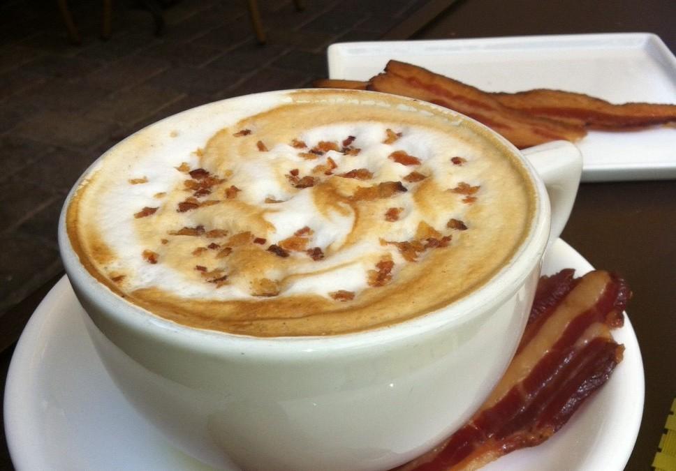 bacon-maple-latte-e1344901718209-968x675